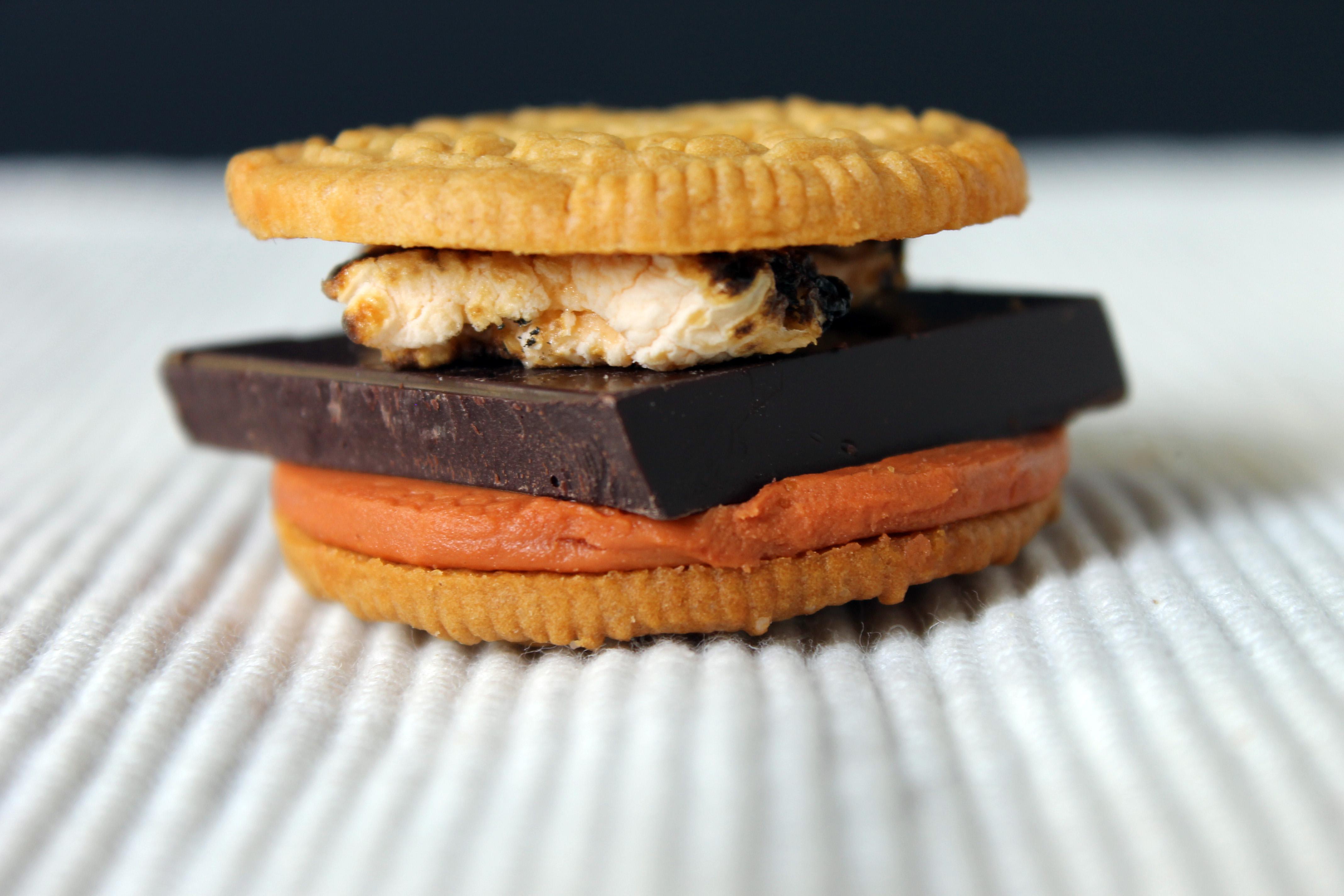 oreo_smores_pumpkin_spice_cookie
