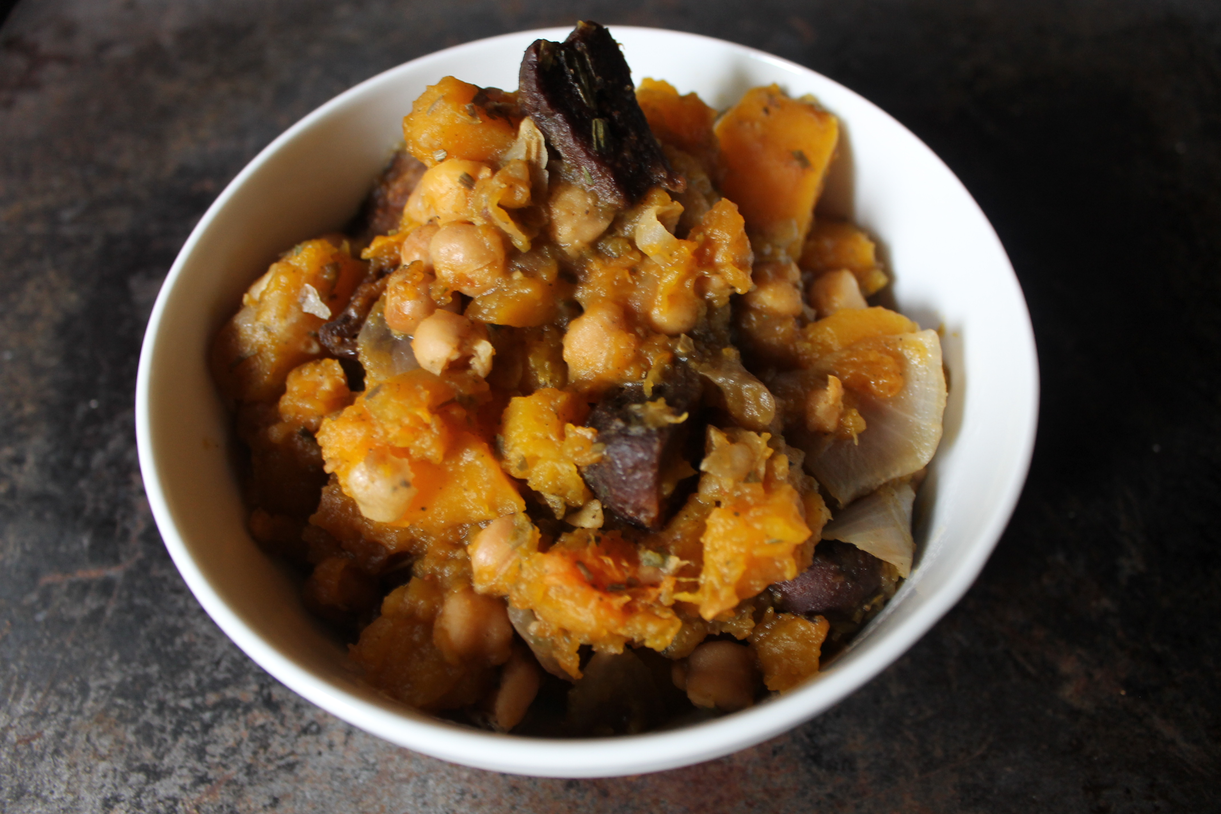 vegan_slow_cooker_butternut_squash_with_figs