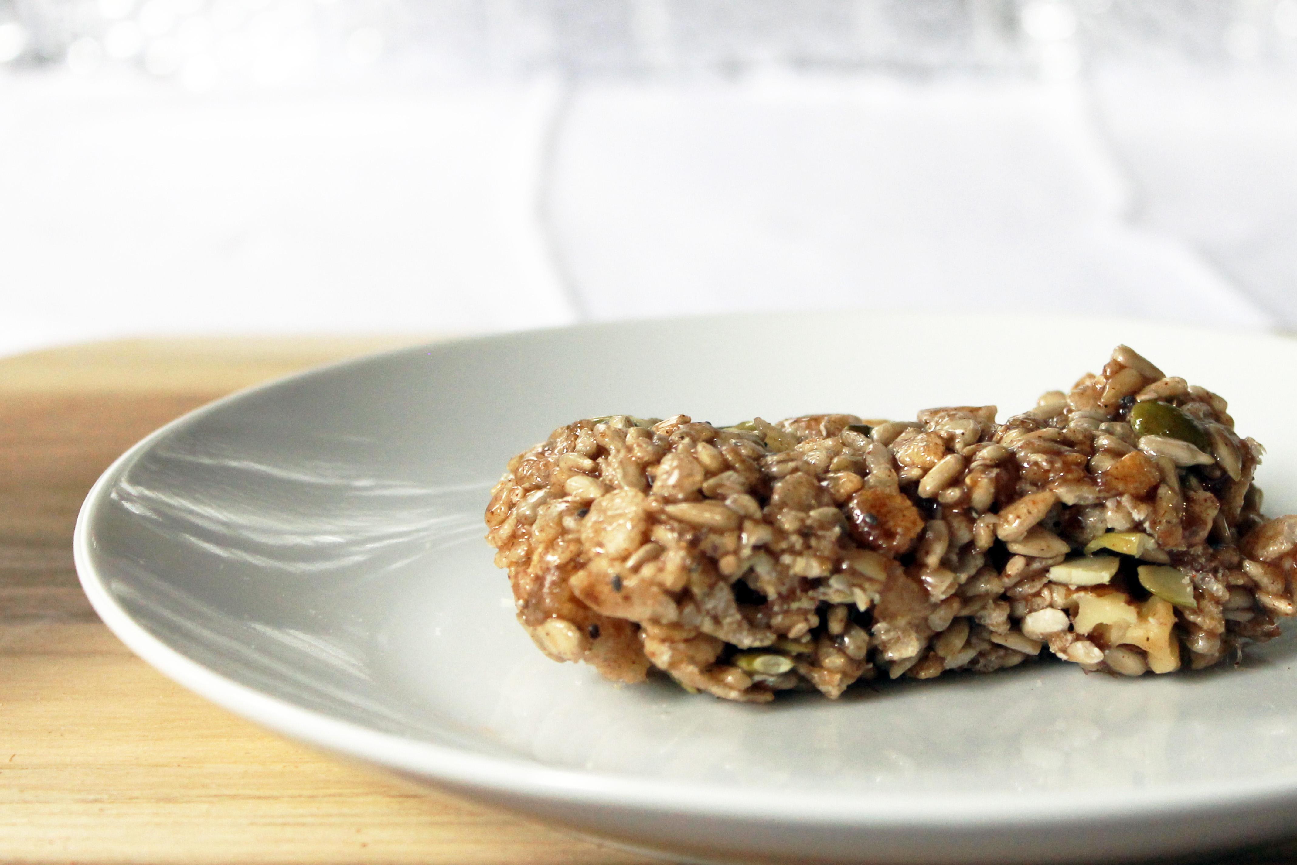 Easy on the go snack!!! Vegan Spiced Nut Bars! #vegan #plantbased #snack #backpacking #recipe #food