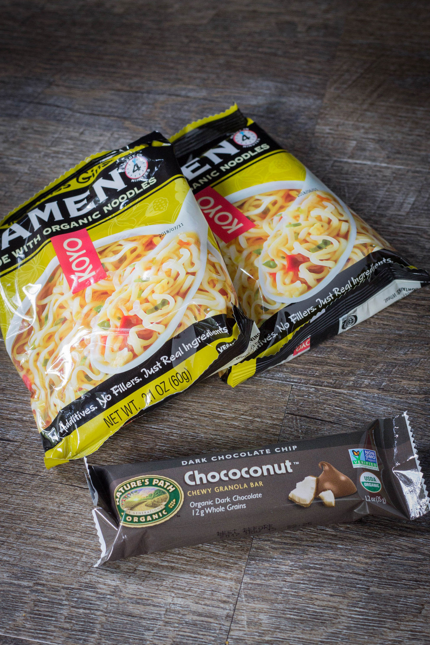 Koyo ramen and a Nature's path granola bar.