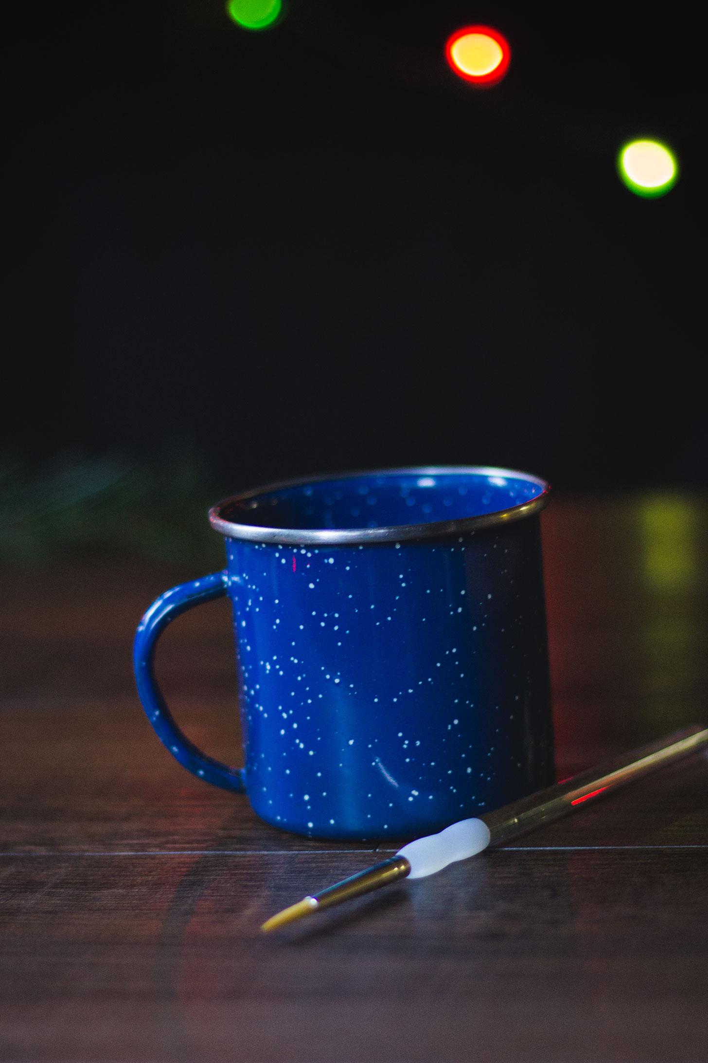 DIY Hand Painted Camp Mug! A GREAT holiday gift! #camping #backpacking #diy #gift