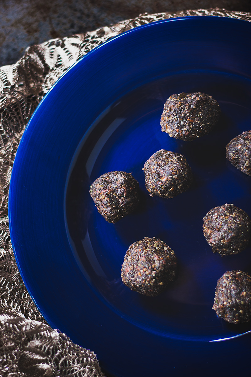 Vegan mocha bites on a blue plate.