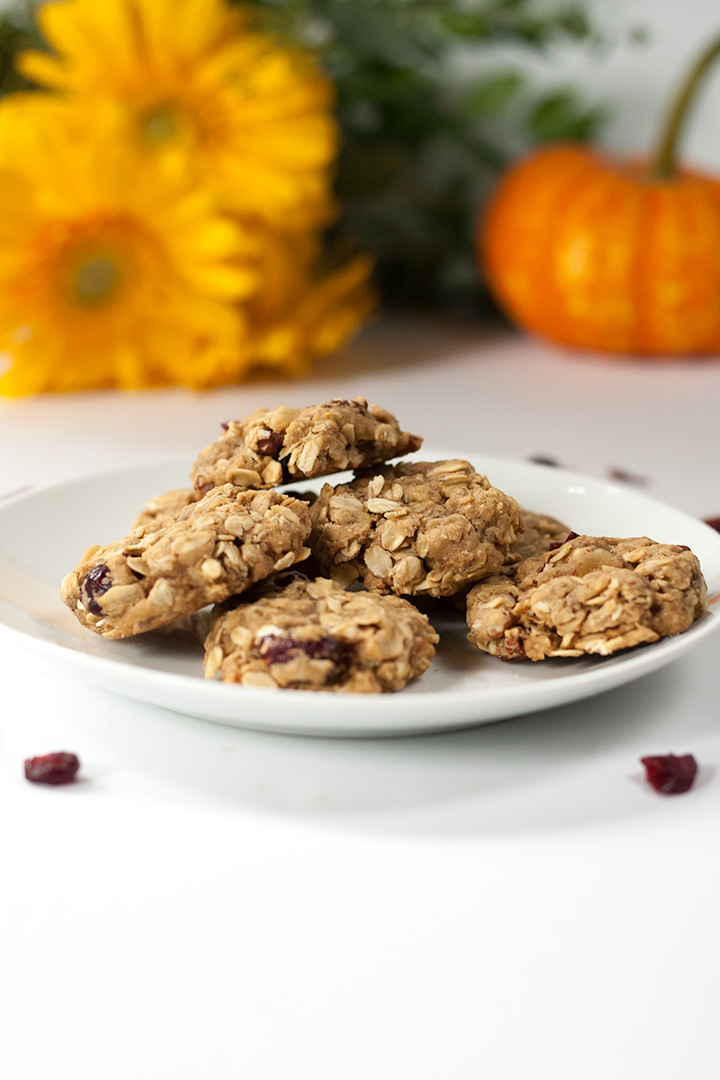 Vegan pie spice oatmeal cookies with pecans